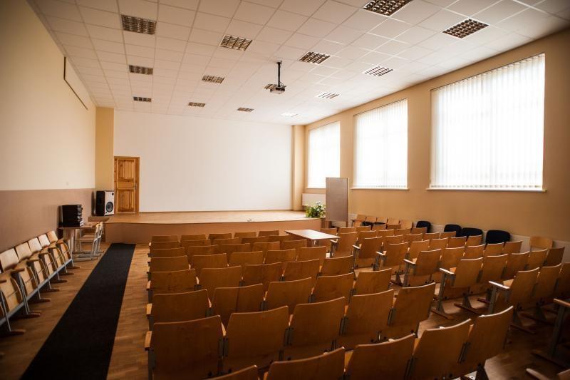Dėl gripo epidemijos Vilniuje jau uždarytos 8 mokyklos