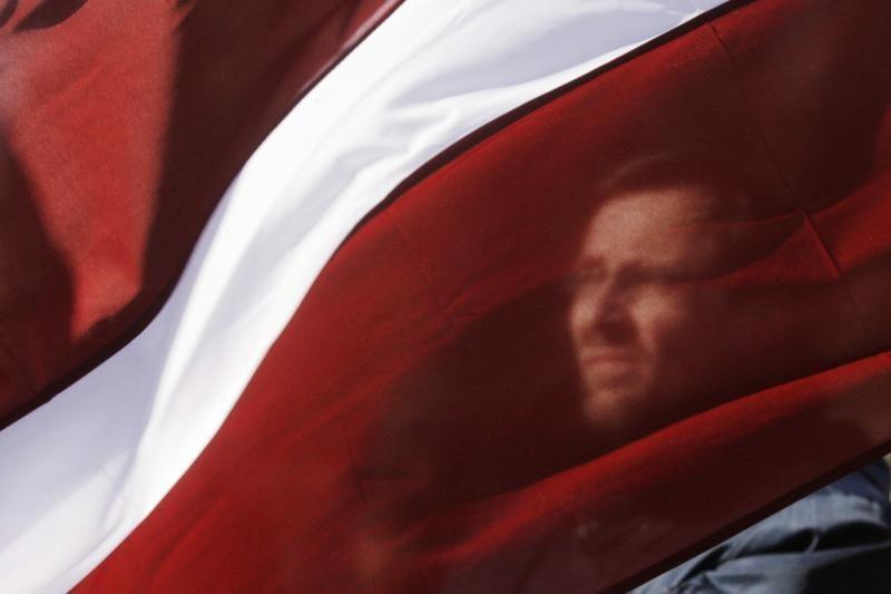 Latvijos premjeras siūlo patikrinti projektą dėl pilietybės suteikimo