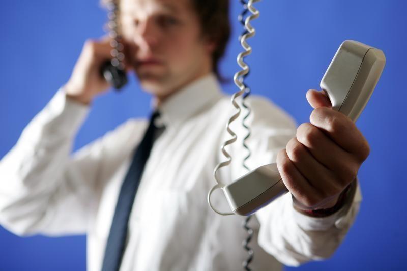 Policija dar kartą įspėja saugotis telefoninių sukčių