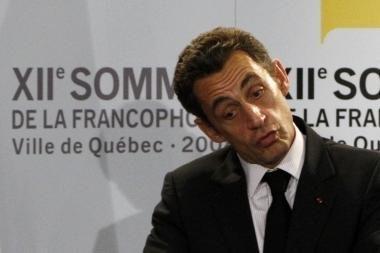 Prieš sukčius bejėgis net Prancūzijos prezidentas