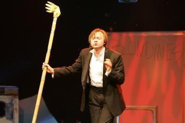 """Kultinė komedija """"Urvinis žmogus"""" penkmetį švęs Klaipėdoje"""