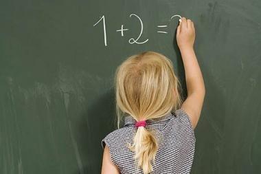 Mokytojos numylėtinei – nuodų dozė