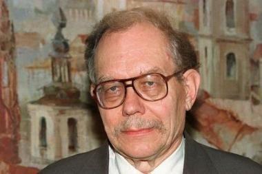 JAV miręs buvęs V.Adamkaus patarėjas J.Šmulkštys bus palaidotas Vilniuje