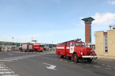Šiauliuose ugniagesiai pateko į avariją