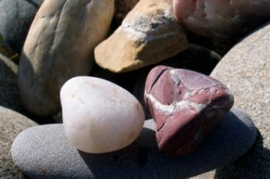 Kaimo bendruomenė mokosi akmentašių meno