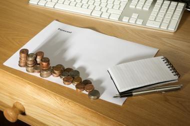 ES atmetė pasiūlymą skaičiuojant biudžeto deficitą neįtraukti pensijų sistemos reformų kaštų