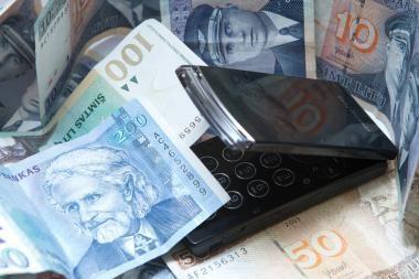 Klaipėdos policija nustatė tris sukčius ir surado 12 tūkst. eurų