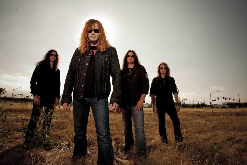 """""""Megadeth"""" lyderis vis dar pasikandžioja su kolegomis iš """"Metallicos"""""""