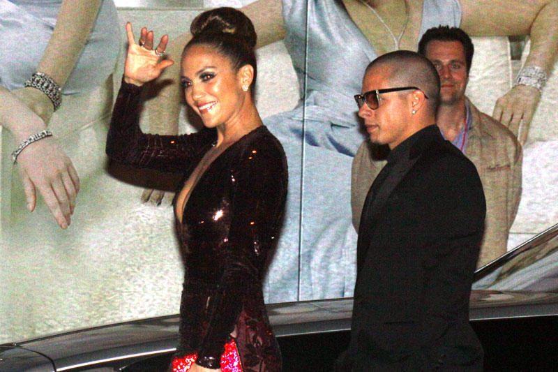 Jennifer Lopez neigia slapta susituokusi su Casperu Smartu