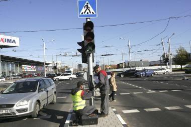 Kaune pradėjo veikti moderniausia šalyje sankryža