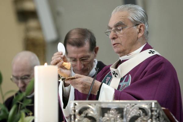 A. J. Bačkis: skaudu, kad traukiasi tikrai didis popiežius