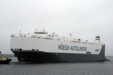 """""""Hoegh Delhi"""" - didžiausias autovežis Klaipėdos uosto istorijoje"""