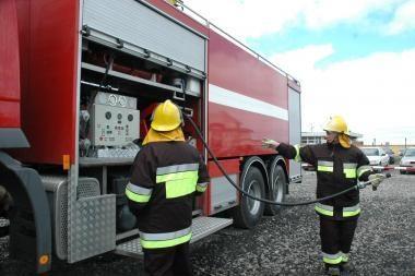 Uostamiestyje apdegė trys automobiliai