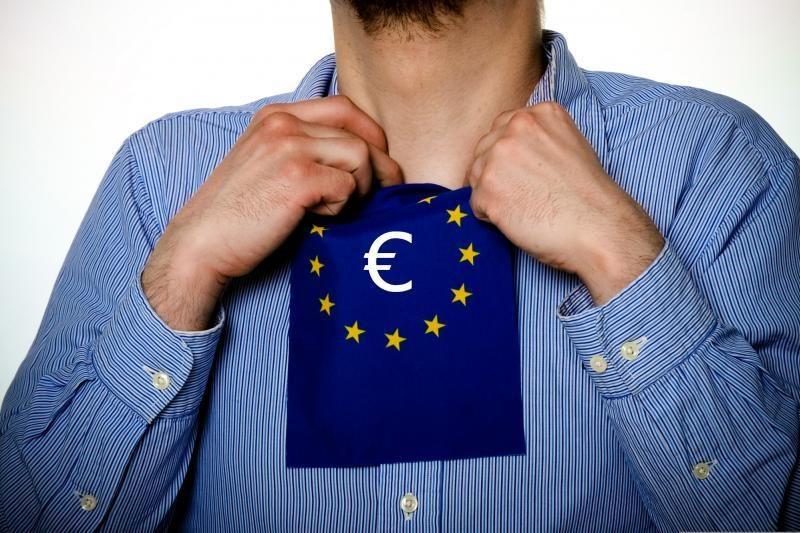 """Euro zonos vadovas: Kipro skolų krizė kelia """"sisteminį pavojų"""""""