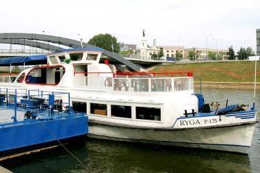 Vilnius neatsisako laivybos Neries upe