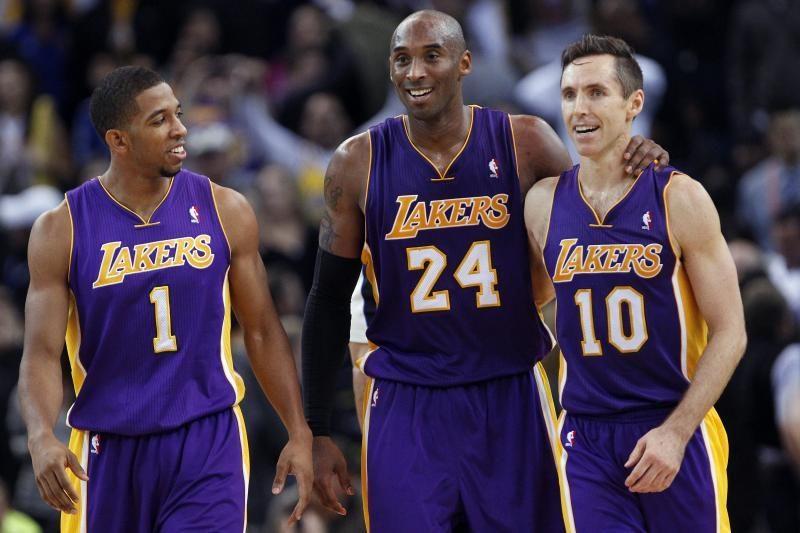 """Išmoko dalintis kamuoliu: pagirtinai žaidę """"Lakers"""" įveikė """"Hornets"""""""