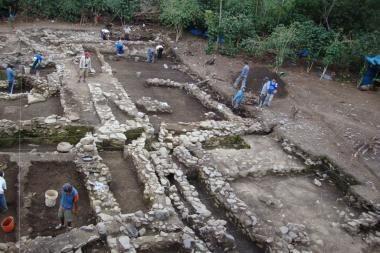 Mokslininkai atrado senovinius kapus