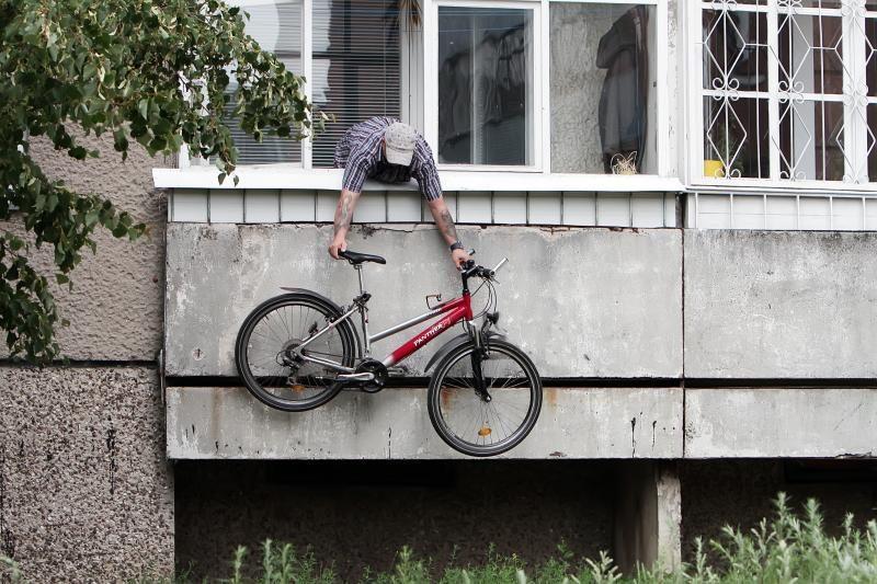 Uostamiesčio vagys dviračius vagia iš balkonų, sandėliukų, palėpių