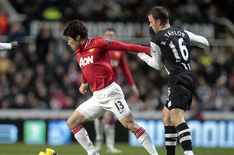"""Manchester United"" šešioliktą pirmenybių pergalę iškovojo Londone"
