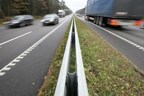 Vilkiko vairuotojas į užsienį važiavo girtas, siūlė 6 tūkst. litų kyšį