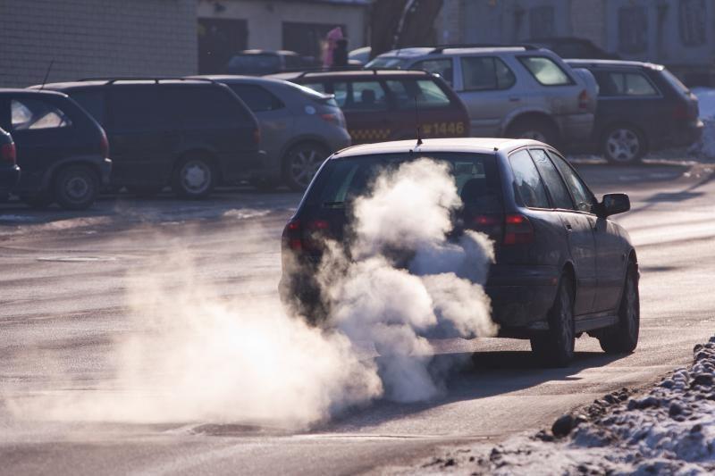 Oro tarša nemažėja, normos viršytos Vilniuje, Klaipėdoje ir Šiauliuose