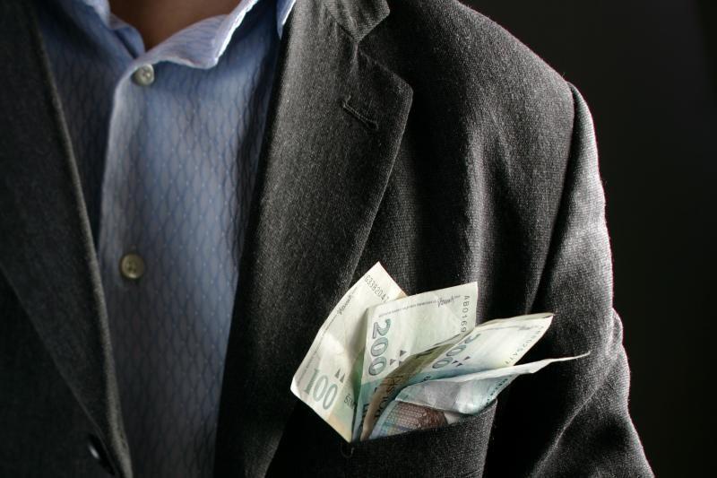 Lietuvos advokatūra: valstybė advokatams įsiskolinusi per milijoną Lt
