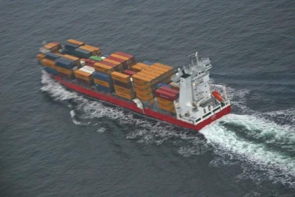 Suomijos laivas Baltijos jūroje pametė toksišką krovinį