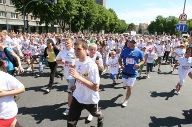 """""""Vilties bėgime"""" dalyvavo tūkstančiai žmonių"""
