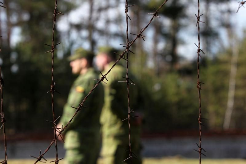 Įtariamasis dėl paauglio išnaudojimo – karinės žvalgybos analitikas