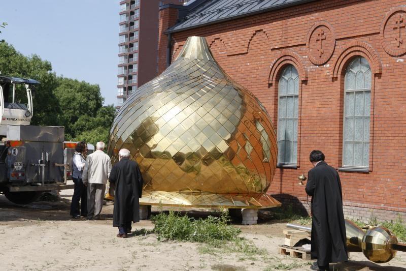 Uostamiesčio sentikių cerkvė – jau su kupolais ir kryžiais
