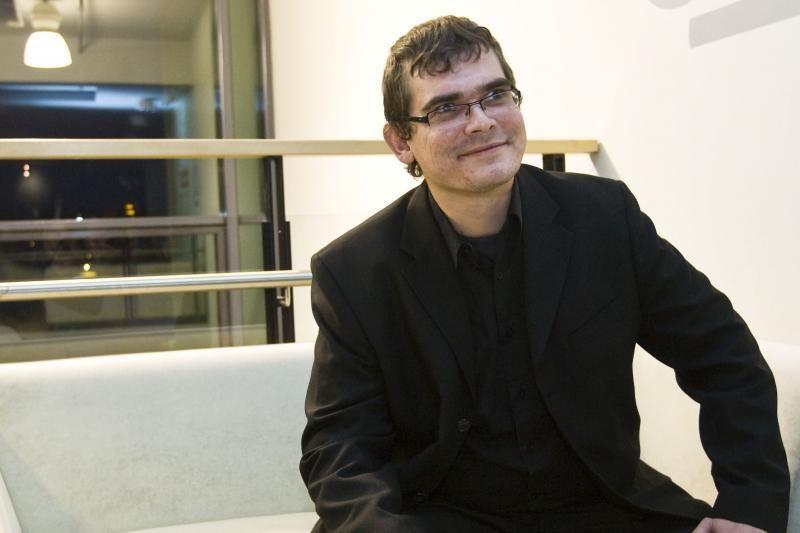 Klaipėdoje – vyriškas pokalbis apie kiną su Emiliu Vėlyviu