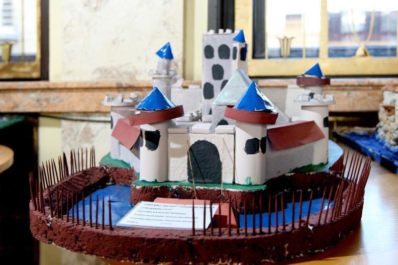 Moksleiviai statė Lietuvos Didžiosios Kunigaikštystės pilis