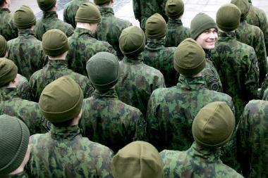 KT pradeda nagrinėti Seimo prašymą dėl šauktinių kariuomenės