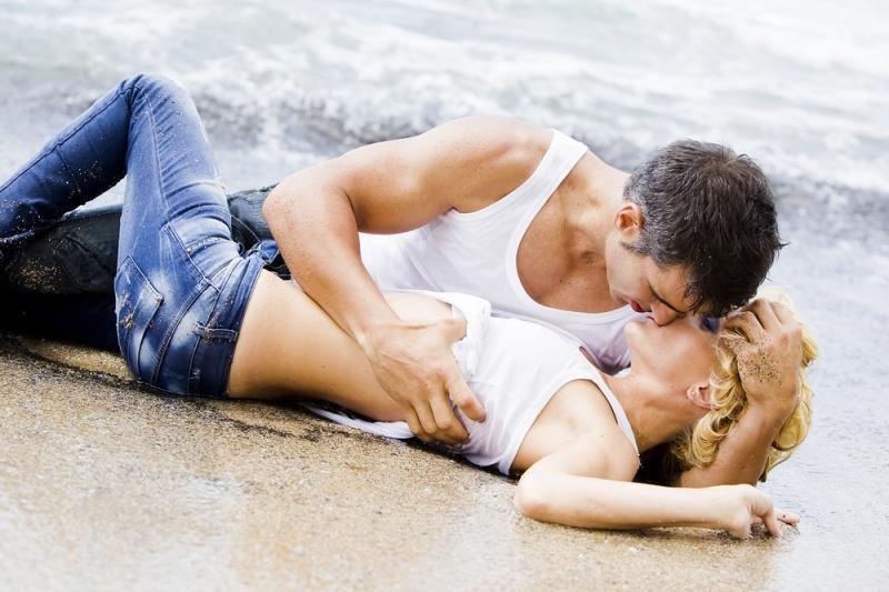 Kada padoru mylėtis su nauju pažįstamuoju?