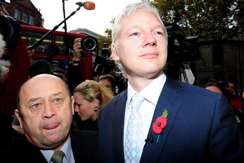 """""""WikiLeaks"""" įkūrėjas J.Assange'as ves televizijos pokalbių laidą"""