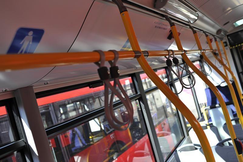 Į Kauną atriedėjo nauji modernūs autobusai