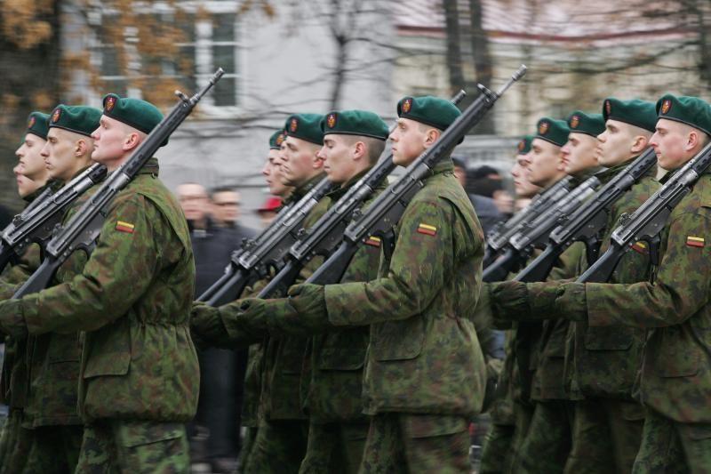 Priesaiką Lietuvai davė jau aštuntoji Bazinių karinių mokymų laida