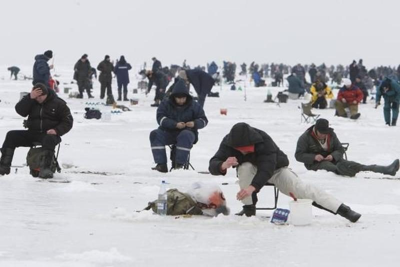 Žvejai rinksis į poledinės žūklės varžybas