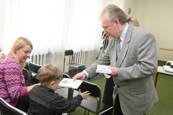 Vėžiu sergantiems vaikams - rusakalbių dovanos