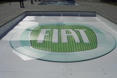 """""""Fiat"""" gavo kreditą ekologiškų mašinų gamybai"""
