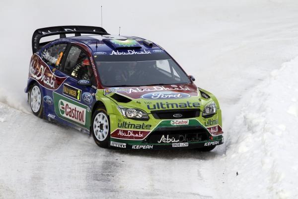 """Prie """"Halls Winter Rally 2012"""" starto – 80 ekipažų iš 7 šalių"""