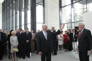 Duris atvėrė Nacionalinė dailės galerija