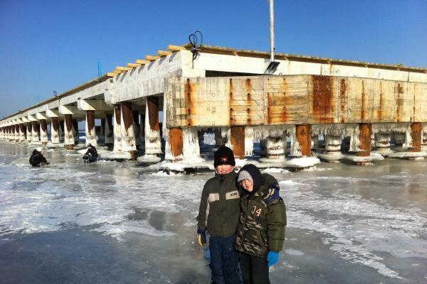 Jūrą ties Palangos tiltu aptraukė ledas