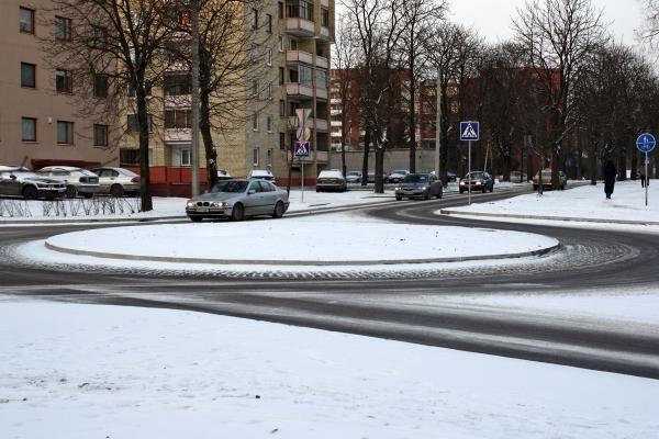 Žiema Kaune: avarijos, traumos ant ledo, oras šils (dar papildyta)