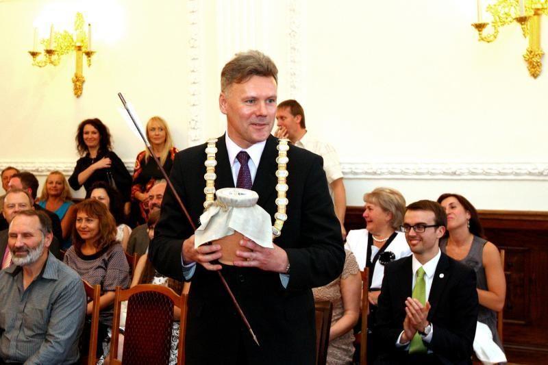 Išrinktas geriausias 2011 m. politikas, visuomenininkas ir pareigūnas