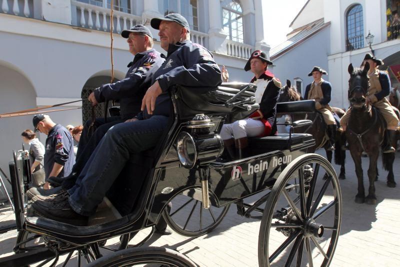 Vilniuje iškilmingai sutiktas Napoleonas Bonapartas