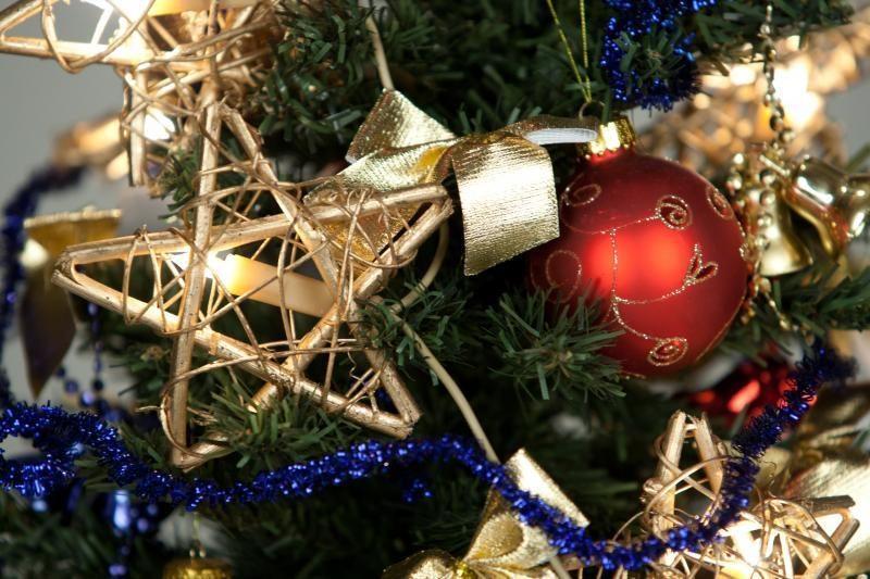 Šių metų kalėdinių dekoracijų tendencijos – aštrūs kampai