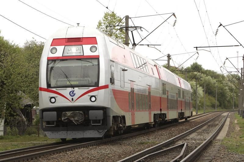 Iš Vilniaus grįžtantys Baltarusijos veikėjai išlaipinti iš traukinio