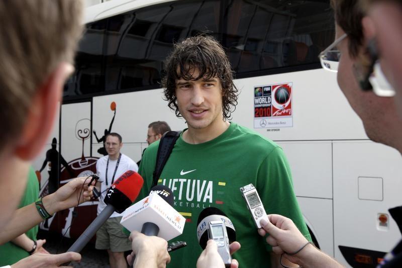 """Simas Jasaitis - antras pagal tritaškių taiklumą """"EuroBasket 2011"""""""