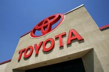 """""""Toyota"""" parėmė studentus"""
